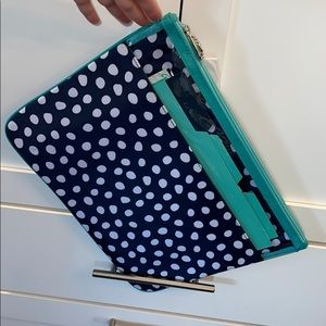 thirty-one Other - 31 Document Holder in Navy Lotsa Dots
